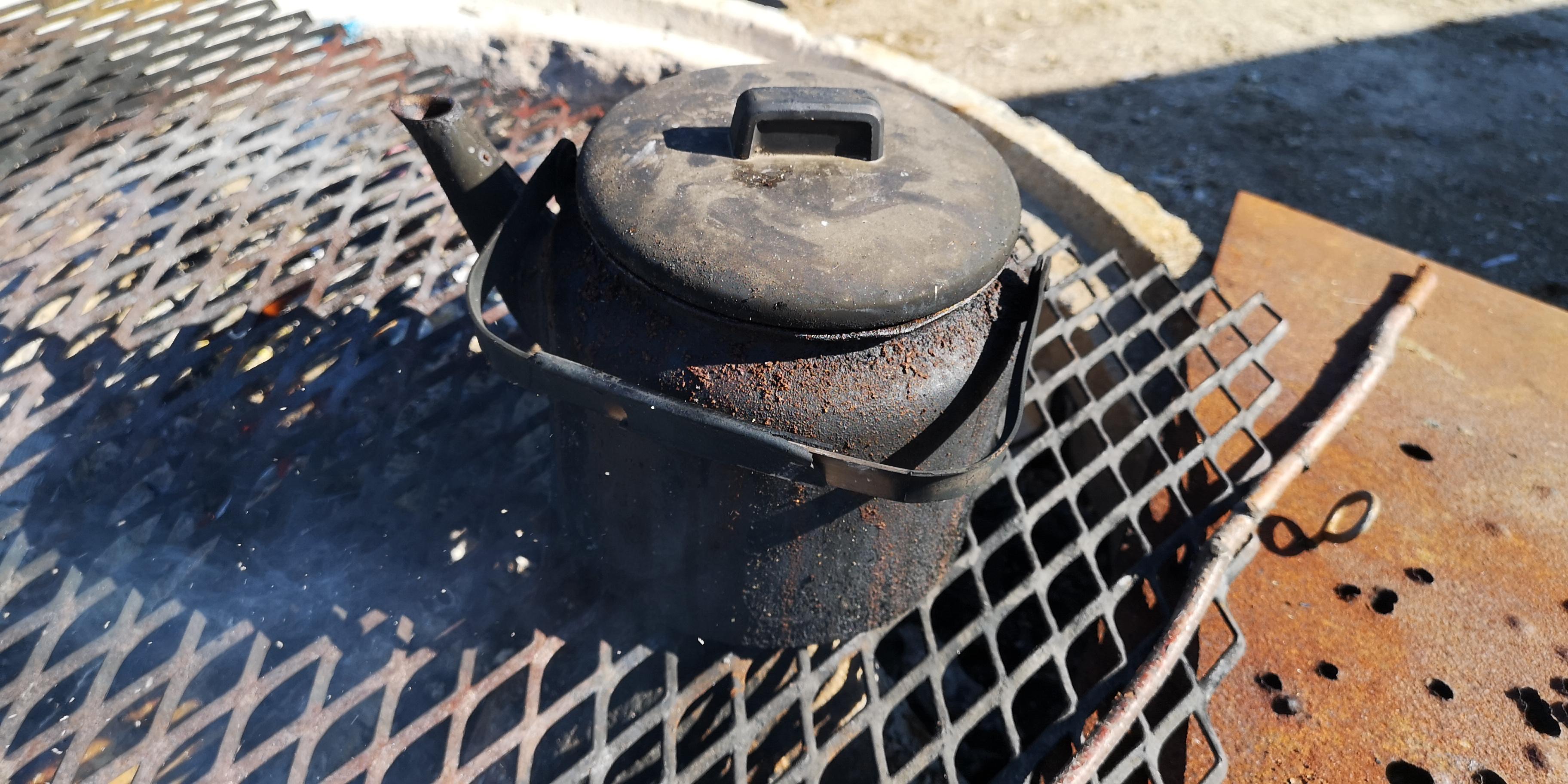Kaffepanna på eld